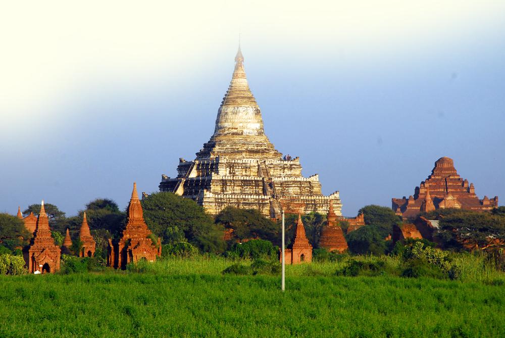 2011-10-06 Yangon Inle Bagan 8 dgr Bagan 3