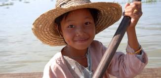 2011-10-06 Yangon Inle Bagan 8 dgr Hoved