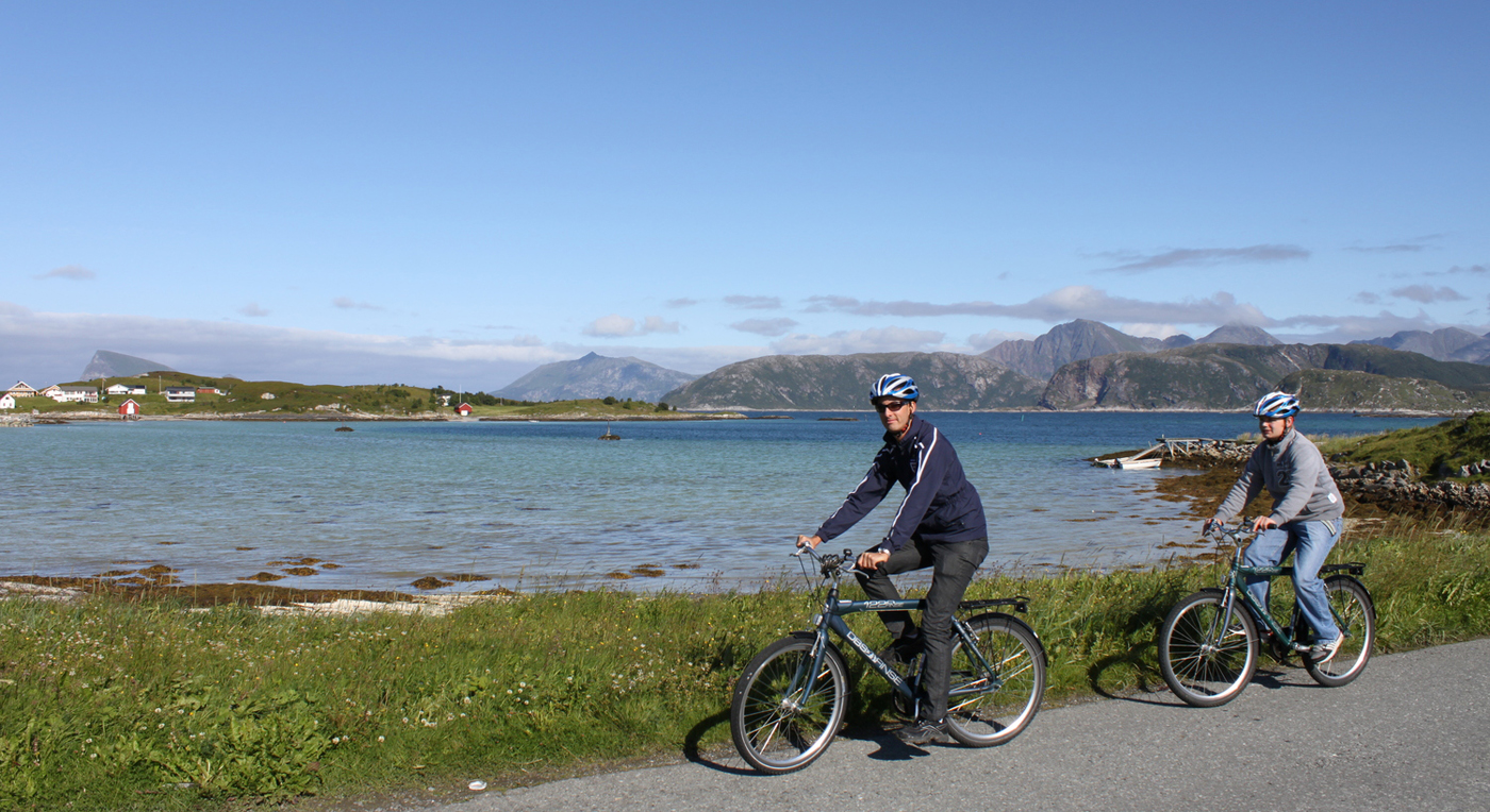 2012-06-25 Nord-Norge-guide HOVED.jpg