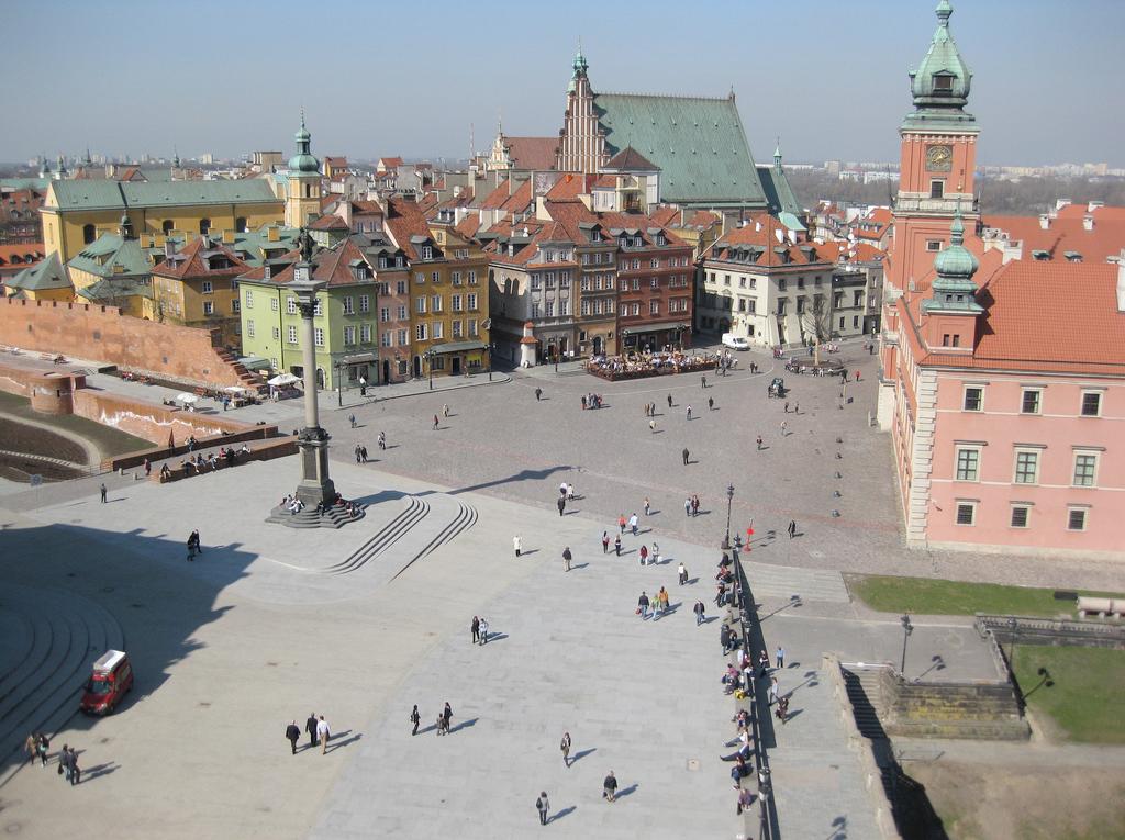 2012-12-10 Helse Polen Warszawa.jpg