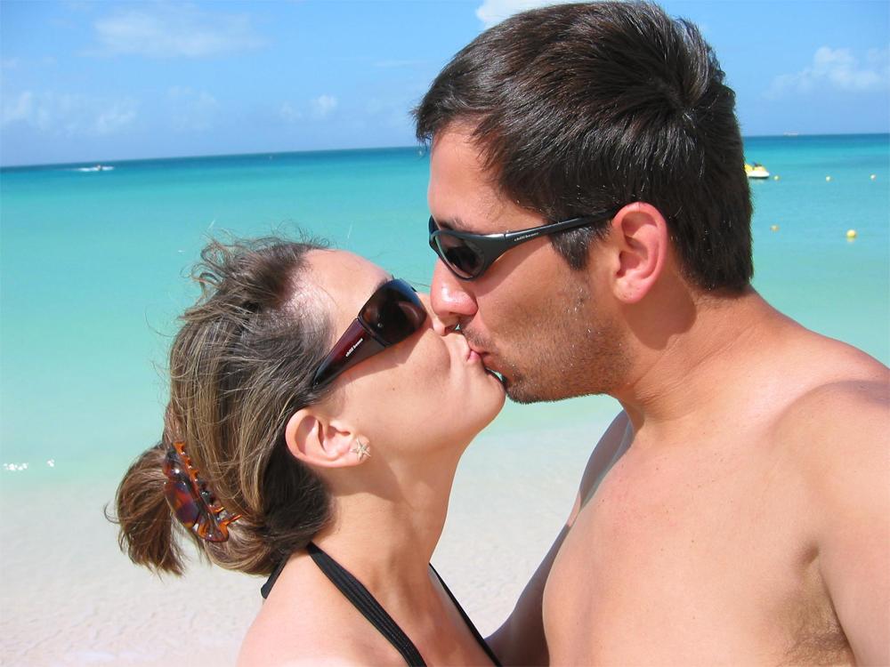 Aruba Christine 0709 Kyss