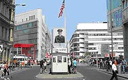 Checkpoint Charlie 1104