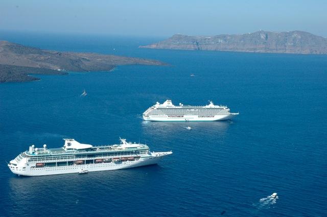 Italia 1103 Cruise Gunnhild Cruiseskip
