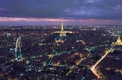 På tur i nattens Paris - Paris by night