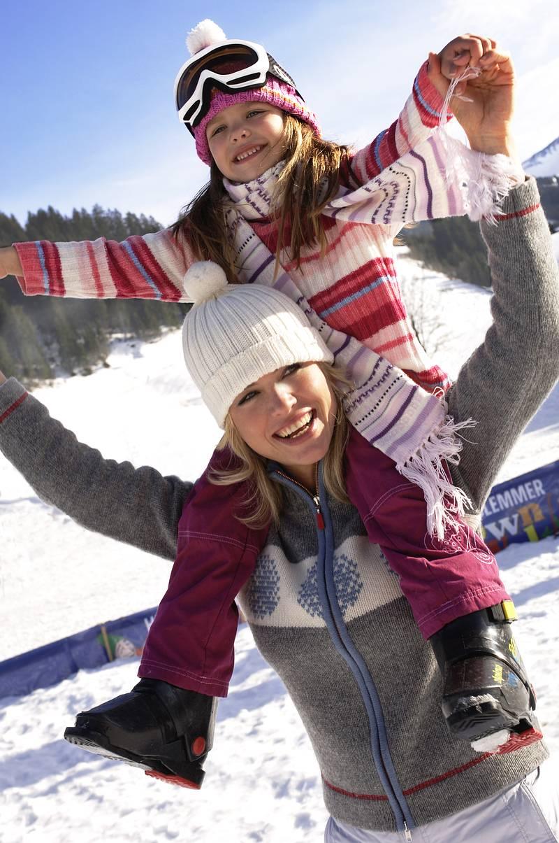 Saalbach Skisircus 0611 Mor og barn