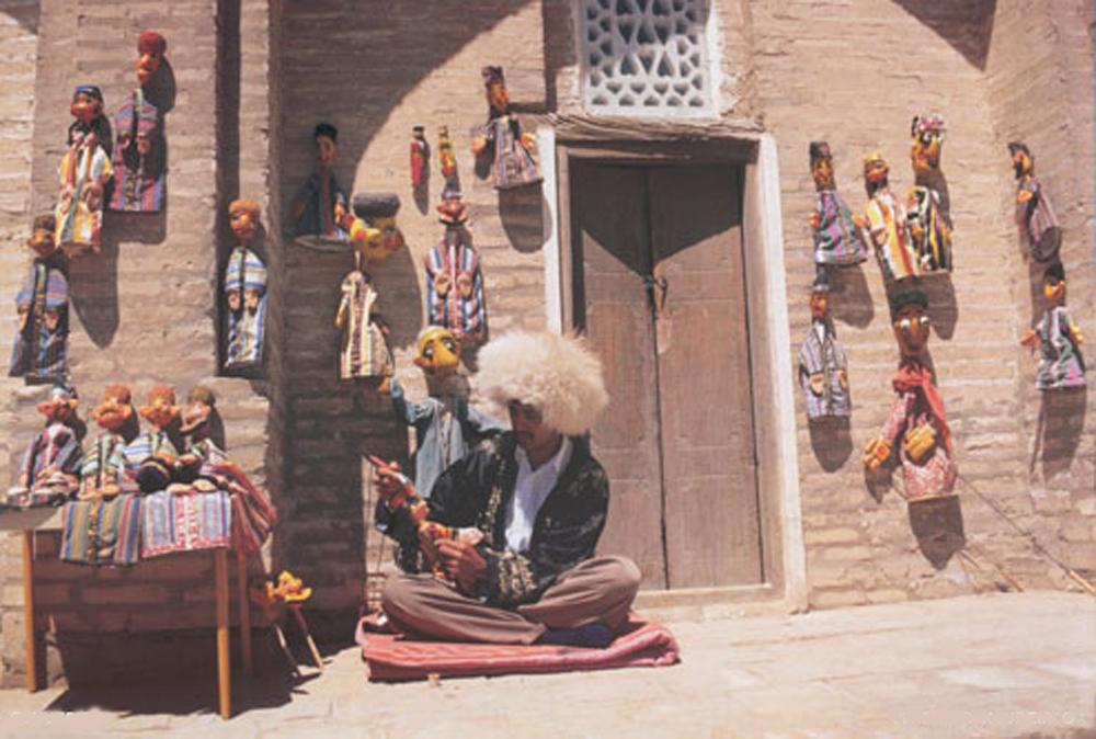 Uzbekistan Eventyrlige 0701 Dukkeselger