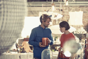 -Ja kjære, hva synes du om denne vasen? Her fra Artilleriet i Gøteborg