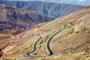 Argentinsk landskap - ideelt for spennende motorsykkeltur!