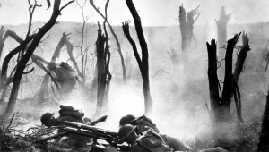 Slik så landskapet ut i årene 1914 til 1918, fullstendig utbombet i kampen mellom tyskere og briter.