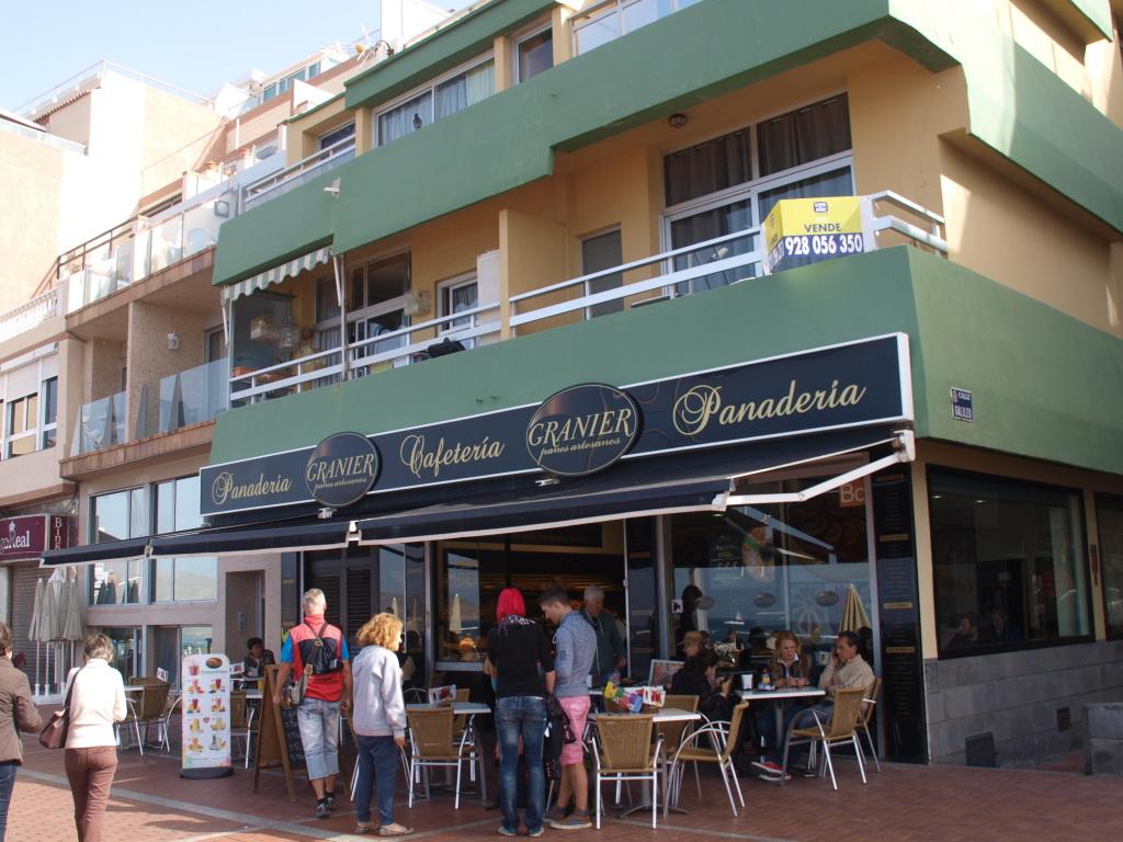 Granier som er en miks av bakeri og kafeteria ble vårt favorittsted for lunsj under vårt 3-dagers opphold I Las Palmas. Foto: Yvette-Marie Solem
