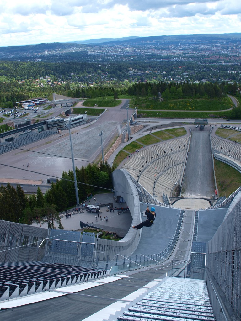 Oslo, Holmenkollen: Kollensvevet er i gang! Foto: Yvette-Marie Solem