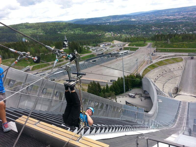 Oslo, Holmenkollen: Steffen Baade fra oslo tar kollensvevet opp ned. Foto: Cristina Maria Solem