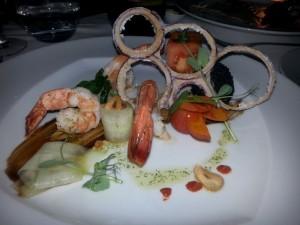 En kreativ forrett hos Mix Restaurant, Farol Design Hotel. Foto: Cristina Maria Solem