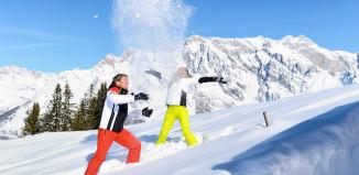 Akkurat nå når skisesongen i Alpene starter for alvor. Det jubles det over snøfallet på norske favorittsteder i Tyrol og Salzburgerland som Bad Gastein, Saalbach og St Anton.