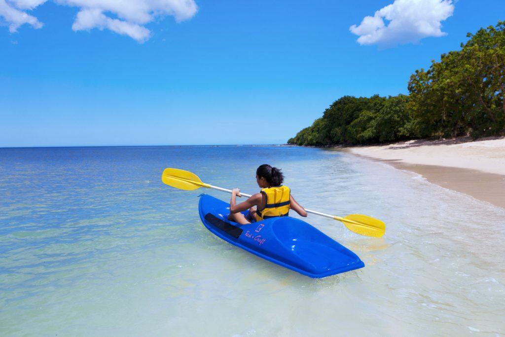 Fredfull kayakkpadling i Mauritius