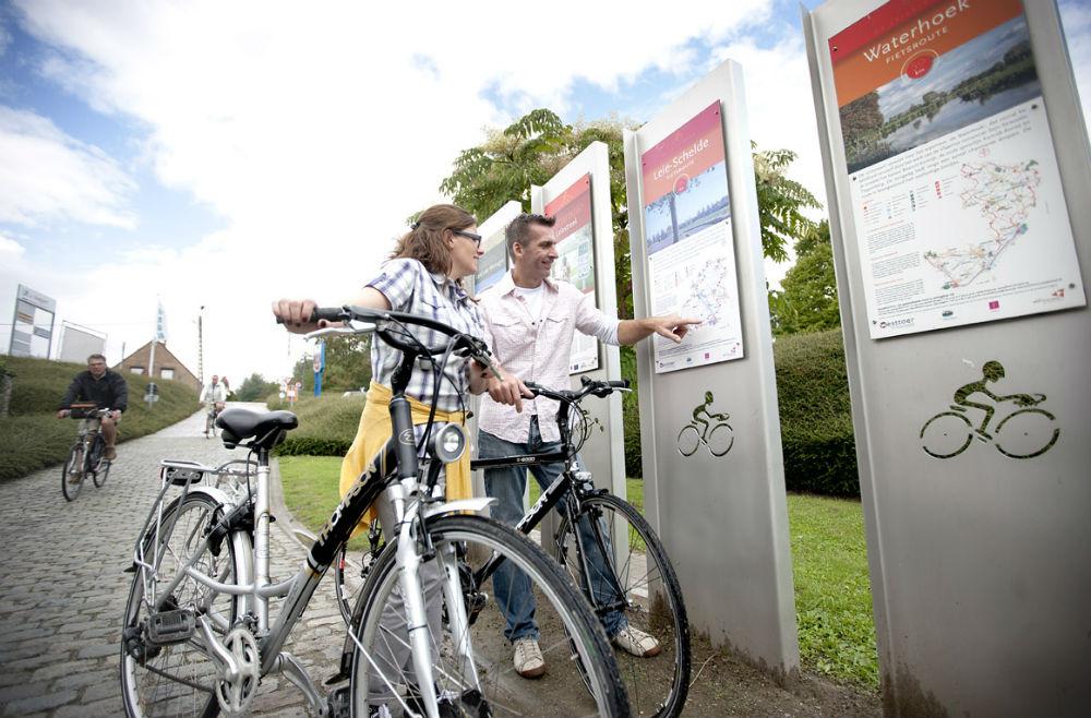 De lokale turistkontorene har laget mer enn 300 forskjellige sykkelruter i Flandern.