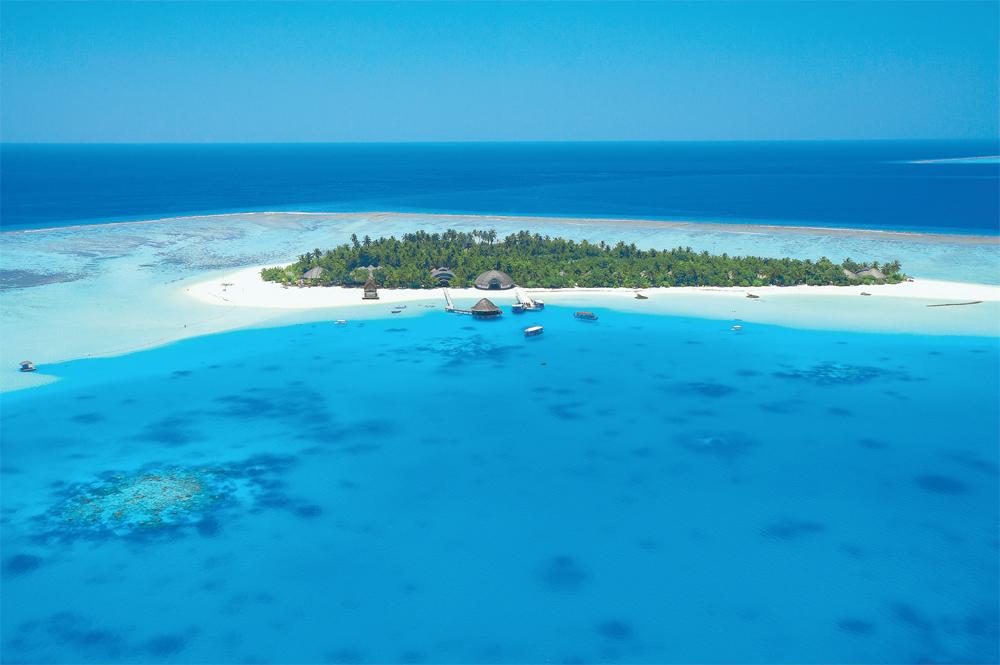En av de nærmere 1100 øyene som utgjør ferieparadiset Maldivene.