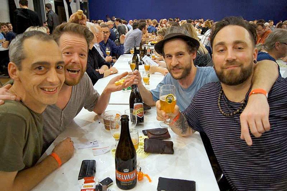 Belgia er et paradis for ølelskere, med 1200 bryggerier og 1500 ulike ølsorter. Her fra en ølfestival i Hasselt.