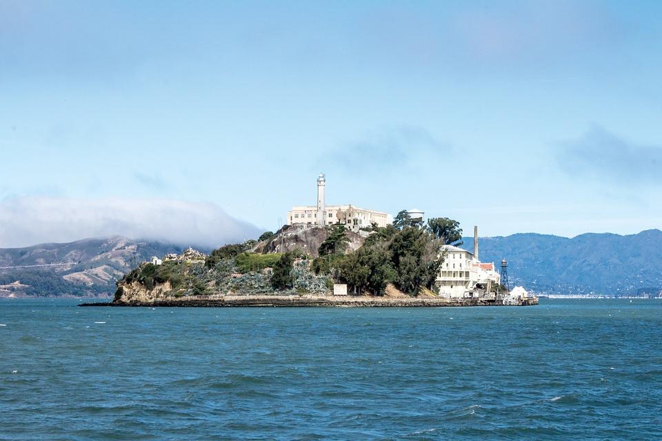 Alcatraz, fangeøya som er blitt tursiatrraksjon.