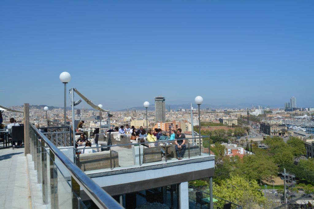 Spania: Tvers over Hotel Miramar finner du Miramar Restaurant med spetakulær utsikt over Barcelona. Foto: Yvette-Marie Solem