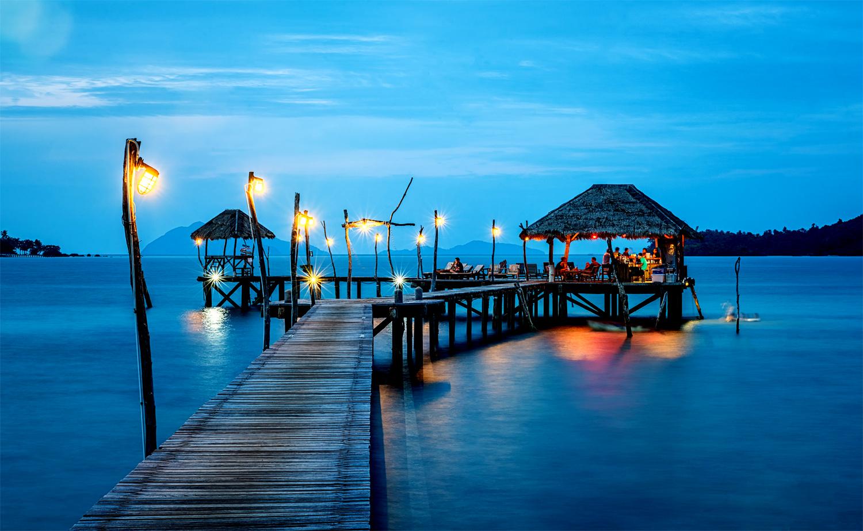 Kveldsstemning på en av Maldivenes 1100 øyer. Foto: Creativ Commons
